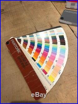 Pantone colour guide