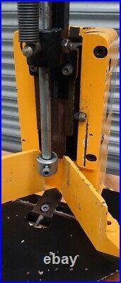 Paper Corner Cutter Heavy Duty (#1185) (£300 + vat)